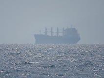 Groot schip in het Middellandse-Zeegebied stock foto