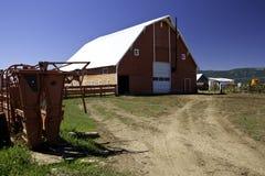 Groot schuur en boerenerf Stock Afbeelding