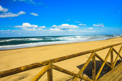 Groot strand in Portugal Stock Afbeelding