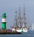 Groot traditioneel varend schip 04 Stock Afbeeldingen