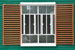 Groot venster in net en kleur Royalty-vrije Stock Fotografie