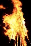 Groot vlammend vuur Stock Afbeeldingen