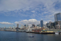 Groot Wiel op Waterkant, Seattle, Washington Royalty-vrije Stock Fotografie
