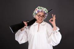 Grootmoeder in defensie royalty-vrije stock foto
