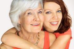 Grootmoeder en kleindochter Stock Afbeelding
