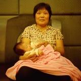 Grootmoeder en kleinkind royalty-vrije stock foto