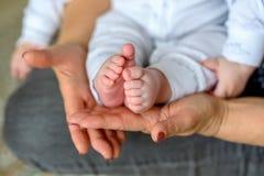 Grootmoeder met Haar Babykleinkind royalty-vrije stock foto