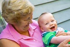 Grootmoeder met Kleinzoon Royalty-vrije Stock Afbeelding