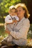 Grootmoeder met neef Royalty-vrije Stock Afbeelding