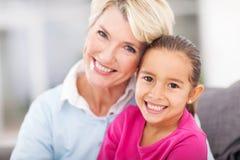 Grootmoederkleindochter Stock Fotografie