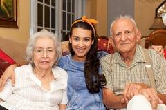 Grootouders en Kleindochter Stock Afbeeldingen