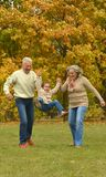 Grootouders en kleinkind Royalty-vrije Stock Foto's