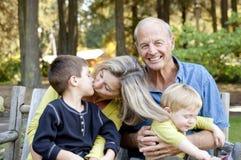 Grootouders en kleinkinderen Royalty-vrije Stock Fotografie