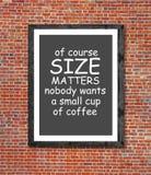 Groottekwesties en koffie in omlijsting worden geschreven die Royalty-vrije Stock Afbeeldingen