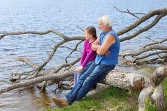Grootvader en kleindochter Royalty-vrije Stock Foto