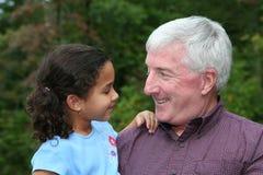 Grootvader met Kleinkind Royalty-vrije Stock Foto's