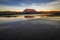 Gros Morne Mountian en la puesta del sol Imágenes de archivo libres de regalías