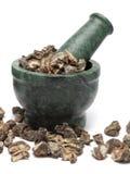 Groseille à maquereau indienne organique ou Amla et x28 ; Uva-crispa& x29 de Ribes ; sur le pilon de marbre Photographie stock libre de droits