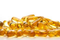 Grosses capsules de pétrole des poissons Omega-3 Photo libre de droits