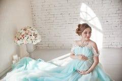 Grossesse, femme enceinte, planification des naissances, la livraison de césarienne, la livraison de attente Dépression et vitami photos stock