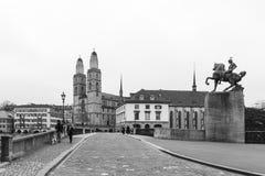 Grossmuensterkerk in Zürich Zwitserland royalty-vrije stock foto's
