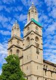 Grossmunster大教堂的塔在瑞士苏黎士 免版税库存图片