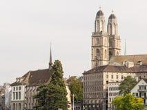 Grossmunster教会和周围 免版税库存图片