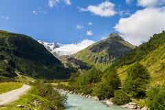 Grossvenediger en Innergschloess-vallei Stock Afbeelding