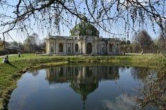 Grot in de manor van Telling Sheremetyev, Kuskovo, Moskou stock foto's
