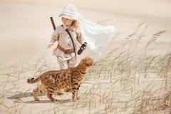 Grote avonturen in woestijn stock foto's