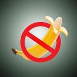 Grote banaan en het meten van band Stock Afbeeldingen