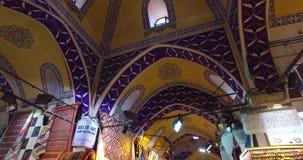 Grote Bazaar in Istanboel stock footage