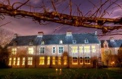 Grote Beguinage, Groot Begijnhof, Leuven, België bij nacht stock afbeeldingen