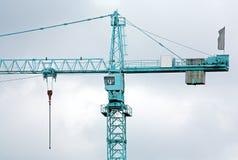 Grote blauwe kraan Monumentale machines stock fotografie