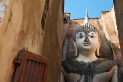 Grote Boedha bij Tempel Srichum. Sukhothaiv Stock Foto