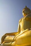 Grote Boedha in de tempel van Thailand Royalty-vrije Stock Foto's