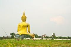 Grote Boedha in Wat Mung, Thailand Stock Afbeeldingen