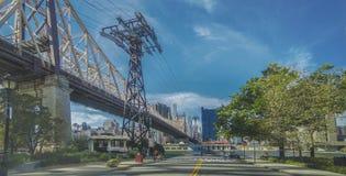 Grote brug die de eilanden kruisen royalty-vrije stock fotografie