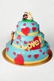 Grote cake op wit Royalty-vrije Stock Afbeeldingen