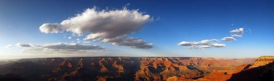 Grote Canion bij zonsondergang Royalty-vrije Stock Afbeeldingen