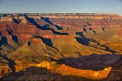 Grote Canion bij zonsondergang Royalty-vrije Stock Fotografie