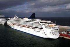 Grote cruises Stock Foto's