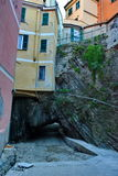 Grote de Vernazza, Cinque Terre l'Italie Image stock