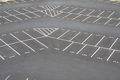 Grote empy parkeerterreinhoek Royalty-vrije Stock Afbeelding