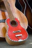 Grote en kleine met de hand gemaakte gitaar Royalty-vrije Stock Afbeelding