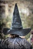 Grote en lange pointy heksenhoed voor Halloween royalty-vrije stock foto's
