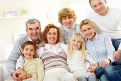 Grote familie Royalty-vrije Stock Afbeeldingen
