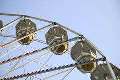 Grote ferris rijden in aantrekkelijkheidspark Royalty-vrije Stock Foto