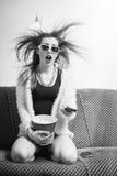 Grote filmogenblikken: portret van grappige blond Stock Foto's