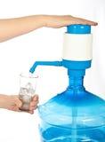 Grote fles schoon drinkwater. Royalty-vrije Stock Afbeelding